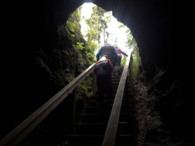 Hostikan luolasta